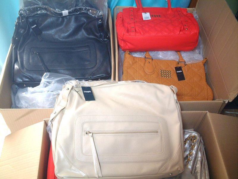 【入荷案内】渋谷109Twisty(トゥイスティー)のアウトレットバッグが入荷!